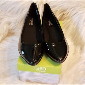 Black Patent Leather Closed Toe Shoes